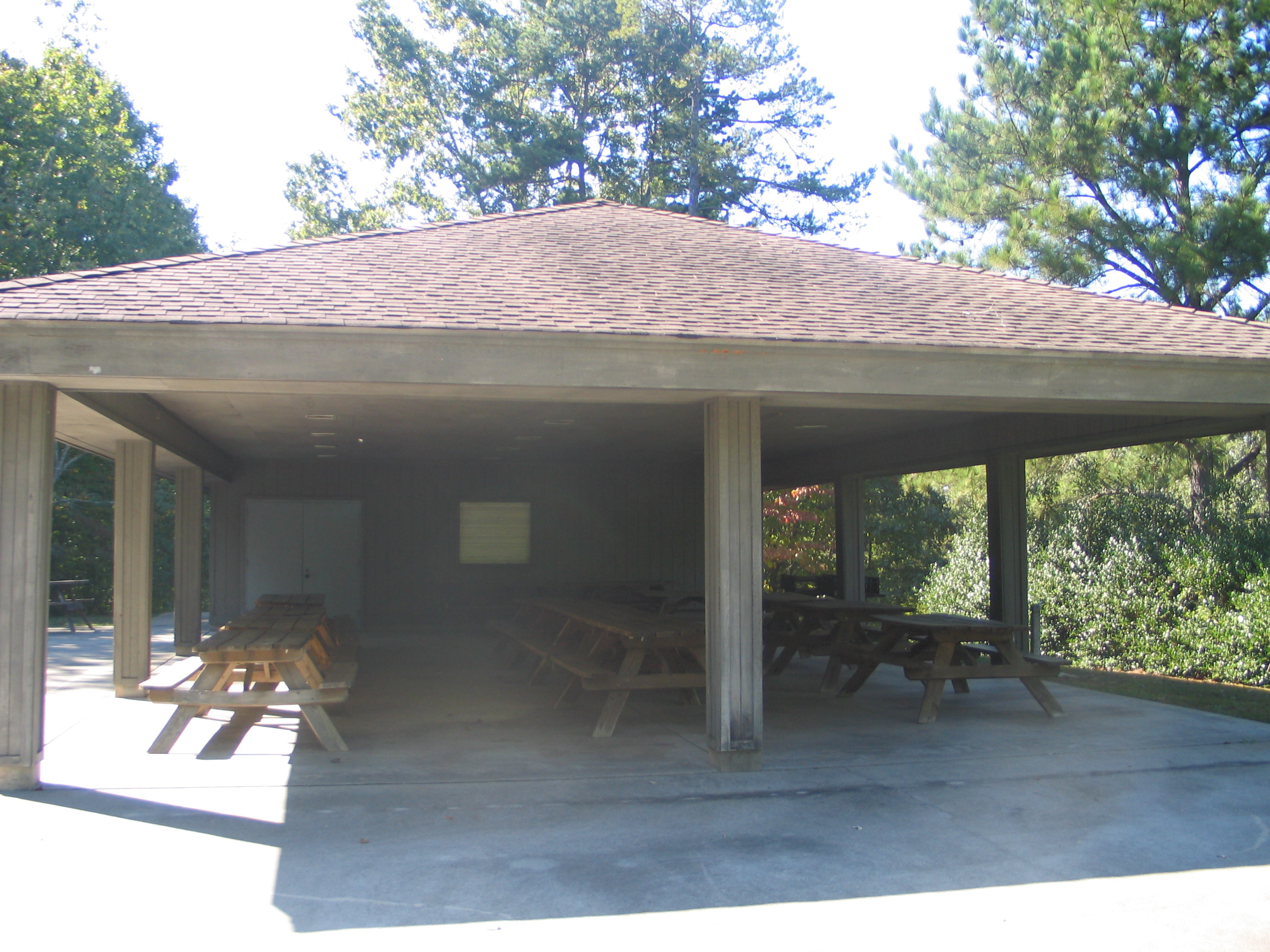 Picnic shelters at lake hartwell state park for Picnic gazebo