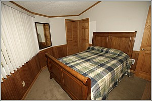 Santee Cabin Bedroom