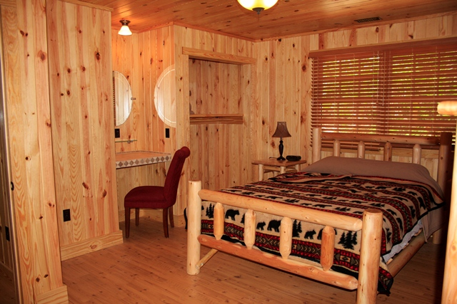 Bedroom of Table Rock Cabin